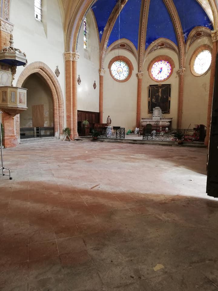 Église vidée avant travaux